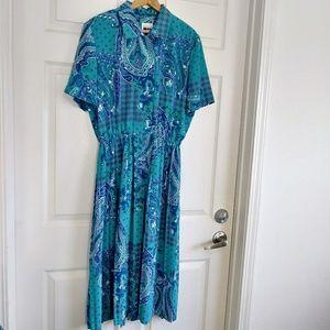 Vintage Leslie Fay blue Paisley pleated dress